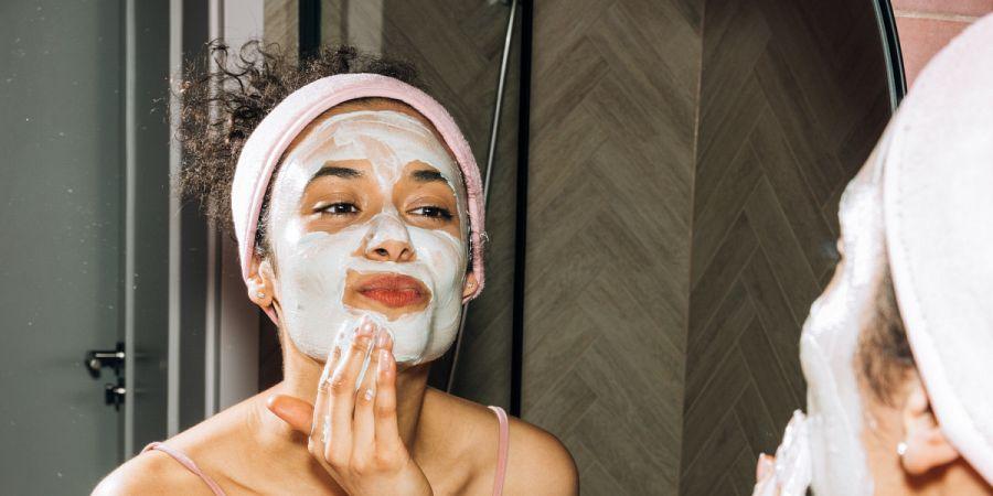 Ricette crema viso fai da te antirughe per pelle secca, mista e grassa