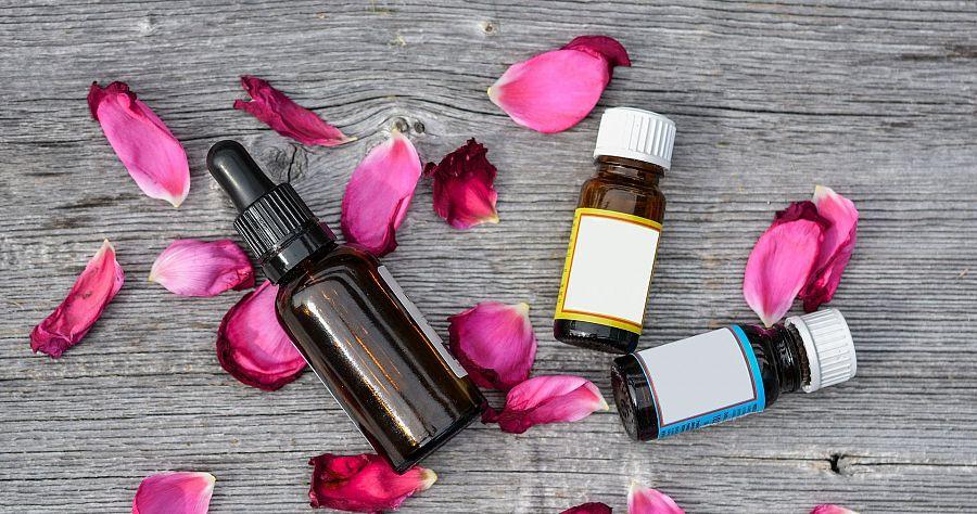 Tea Tree Oil per brufoli e acne, utilizzo corretto e benefici